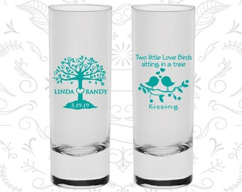 Two little love bird sitting in a tree Kissing, Wedding Favor Shooter Glasses, Love Tree, Love Birds Wedding Shooters, Custom Shooter (C249)