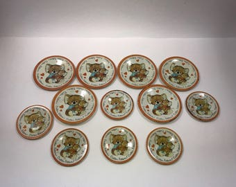 Vintage Critter Sitters tin Lithograph Toy Dishes