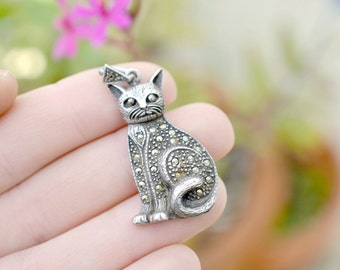 Sterling Silver Marcasite Kitty Cat Pendant