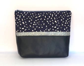 Blue leatherette and patterned fabric make-up bag. Unique creation. Hand sewn. Made in France