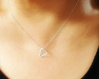 TRIANGLE NECKLACE  - Sterling Silver Triangle Necklace - Geometric necklace - Triangle jewelry - Delicate necklace - Minimalist Jewelry