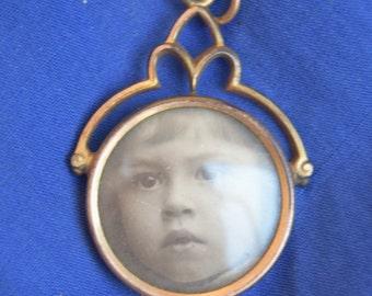 pendant coper with picture