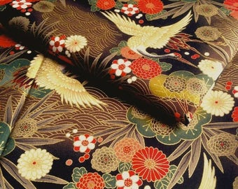 Japanese fabric, crane, Brown and black background, cotton 110 x 50 (172 (A)