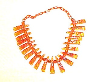 1 Bakelite Necklace Beautiful Vintage Carved Tiger Claw