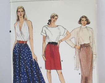Vintage  skirt Paper Pattern cut used Size 8-10-12 Vogue 9882
