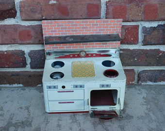 vintage tin metal stove oven range toy kitchen appliance vintage toy kitchen tiny kitchen