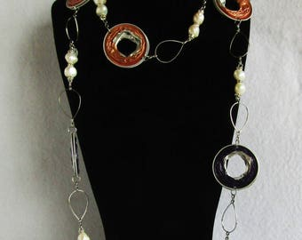 Purple and apricot Capsule necklace