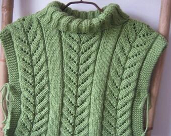 Fancy dots green Turtleneck Sweater