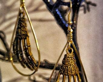 Skeleton Fingers earrings