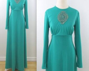 Sandy  Gray 70s Boho Maxi Dress - Vintage 1970s Spearmint Green Empire Waist Dress in Medium