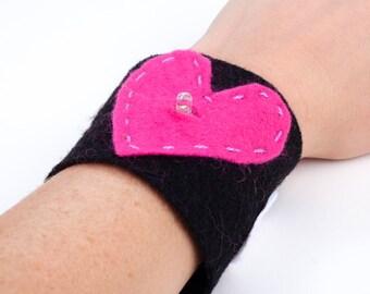 Heart LED Bracelet Kit - E- Textile Project - Bracelet Lights Up