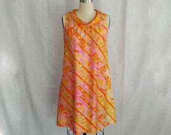 Vintage 1960s Sleeveless Silk Dress