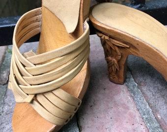 KARVINGS - Karvings Wood Heeled Sandal - Vintage Sandals