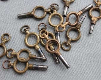 Victorian Watch Key Pendant / Antique Love Token / Key to My Heart