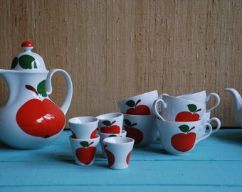 Kaffeservice 70s apple motif-jug, 6 cups with saucers, 5 egg cups