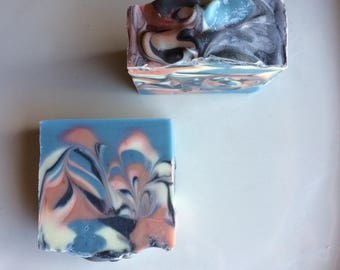 Handmade soap with wave fragrance of freshness, Oleoresin, olive oil handmade soap, castor oil, Shea butter