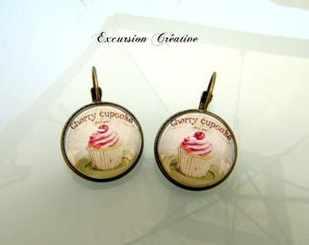 Earrings sleepers cabochons 18 mm Cupcake cherry Vintage - Retro bronze materials