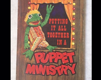 PUPPET MINISTRY 1978 vintage BOOK Church party activity puppetry plays skits kitsch