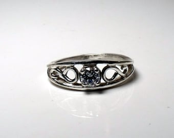The Crow Ring Sterling Silver Medium Size RF180f