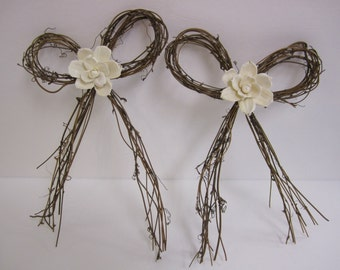 Grapevine Twig bow with sola flower  - Set of 2