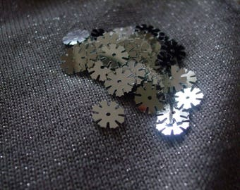 Sequins flower sewing 10 x 10 mm for customization belt jewelry (Silver)