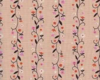 WELSUMMER Unbleached Cotton  By Kim Kight for Cotton and Steel Fabrics Daisy Vines Peachy