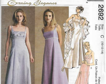 McCall's 2692 Size 10-12-14 or 16-18-20 Evening Elegance Misses'/Miss Petite Lined Dress and Stole Sewing Pattern 2000 Uncut