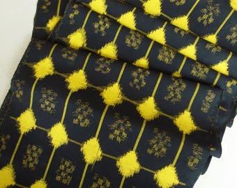 Japanese Vintage Wool Kimono Textile  / Fabric Ikat Kasuri 絣 / Geometric Abstract pattern on Black by the yard