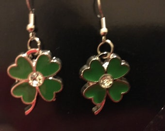 Four leaf clover earrings   C6