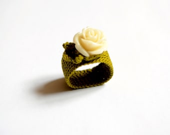 Rose - crochet ring