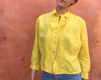 """Stunning vintage 1950s Yellow Silk Blouse Pussy Bow. Rhinestone buttons tuxedo pleated blouse. small medium large up to 44"""" bust"""