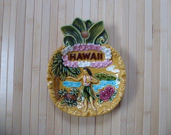 1960's Vintage Hawaii Pineapple Decorative Plate/Ashtray