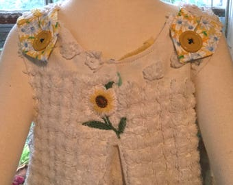 Chenille and Daisies ~ SORRY, SOLD!