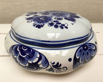 Vintage Delft Pot with lid - Made In Holland