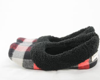 Buffalo Plaid Slippers, Women's Sherpa Slippers, Women's Slippers with Soles, Red and Black Buffalo Plaid, Buffalo Check, Soft Slippers