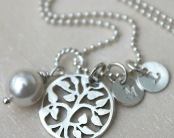 FREE SHIPPING Sterling Silver Personalized Family Tree and Initial Necklace. Mother Grandmother. Birthstone or Pearl