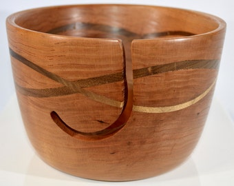 1014 Yarn bowl, made from Cherry, with a double wave of Black Walnut