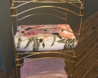 Mid Century Brass Towel Stand, Towel Rack, Hollywood Regency, Shabby Chic, Powder Room, Magazine Rack