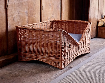 Large Luxury Wicker Pet Basket
