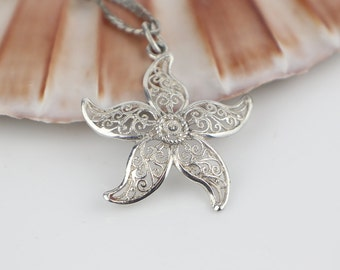 835 Silver Filigree Cut Out Starfish Flower Abstract Pendant on Short Silver 925 Chain Necklace