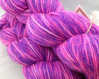 "Superwash Merino/Bamboo/Nylon Hand Dyed Sock Yarn-Hearthside Fibers BaaBoo-""Pop!"""