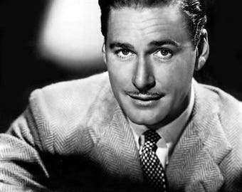 ERROL FLYNN PHOTO #1