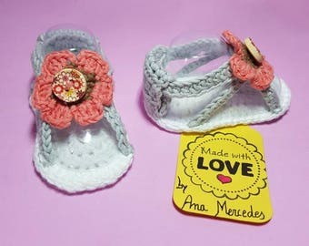 Various models crochet sandals made with cotton yarn 100%
