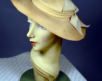 Finely Woven Natural Straw 30's Wide Brim Hat_Large Stylized Linen Bow_L.S. AYERS & CO._True 1930's Vintage