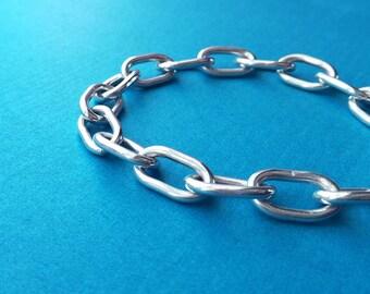 Heavy sterling silver chain link rocker bracelet. Simple grunge bracelet. Scandinavian minimalistic modern jewelry design. Gift for him.