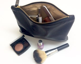 Leather pouch.Black Cosmetic Pouch.Leather make up pouch.Evening black leather clutch.Pochette.Wedding pouch.Ready to ship.