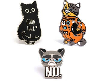 Cats Enamel Pins 3 Set/ Cats lapel pins/ Cat pins / Gold glitter white lapel pin/ Cat space suit/ Cat enamel pin/ Cat lover/ Cat lady