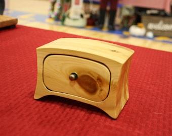 Cedar Bandsaw Box for Jewelry, Keepsakes, Heirlooms, small storage, etc.