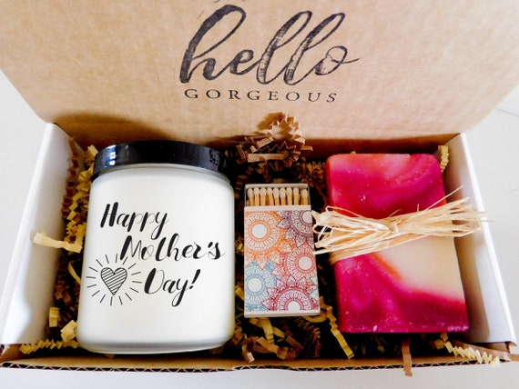Mothers Day Gift Ideas for Mom Candle Gift Set Mothers Day Candle Gift Box for Mom Pamper Box for Mom Bath Gift Ideas for Mothers Day Stuff