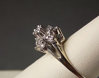 1950s Diamond Flower Ring .58 Carats White gold 14K 2.88 gm size 6 Engagement Ring
